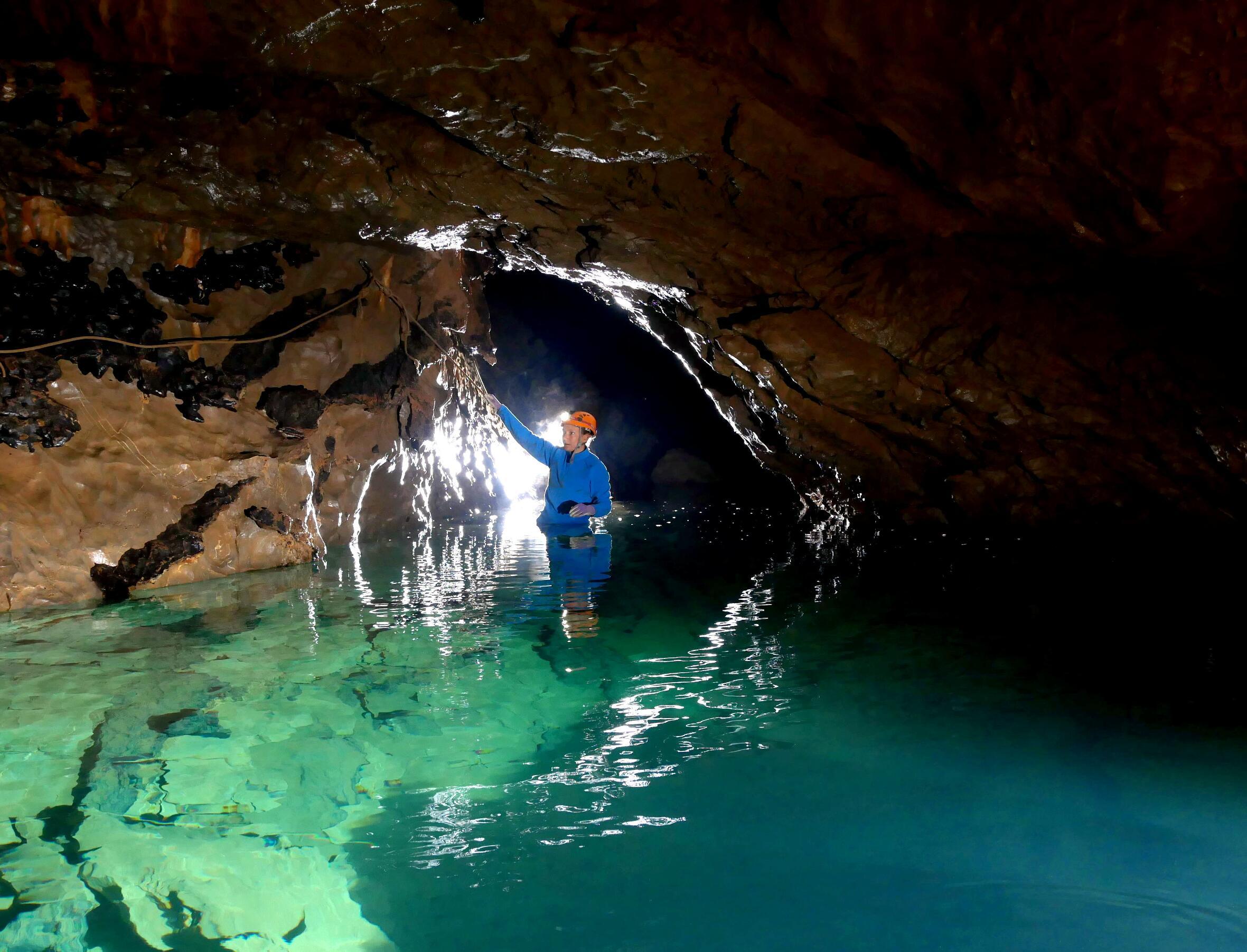 Grotte des Sources